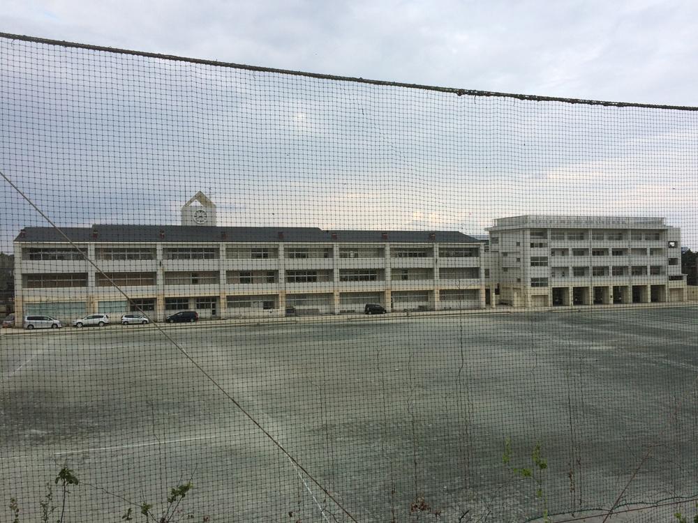 10/3 湘洋中学の津波避難校舎を見学して来ました