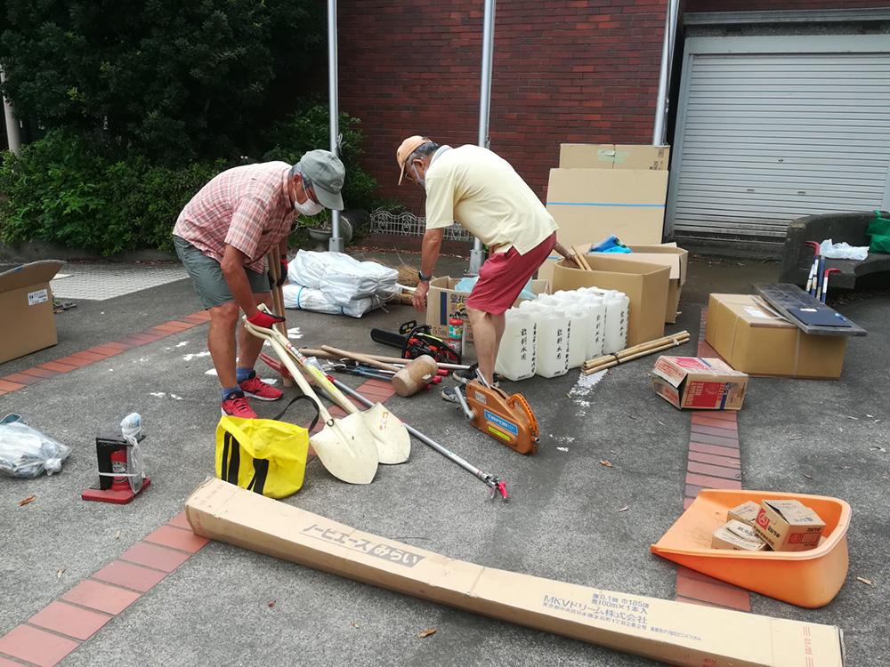 防災倉庫備品の保管場所移動を実施しました
